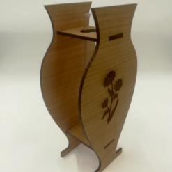 Vase aus Holz